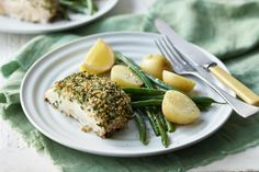 Stuck for a healthy dinner idea? This parmesan-crumbed baked fish will make weeknight dinners a breeze.