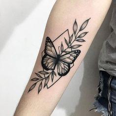 The 29 Best Butterfly Tattoo Ideas … ink ✨ - tattoo feminina Forearm Tattoos, Body Art Tattoos, New Tattoos, Tatoos, Arabic Tattoos, Dragon Tattoos, Pretty Tattoos, Beautiful Tattoos, Mini Tattoos