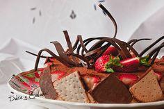 Tarta de Mascarpone, Chocolate y Fresones.