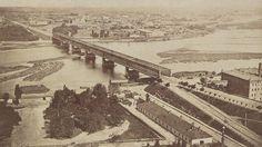Panorama z wieży Zamku Królewskiego, Konrad Brandel, 1873 rok. Visit Poland, Beautiful Buildings, Warsaw, Old Photos, Paris Skyline, Places To Visit, Black And White, City, Travel
