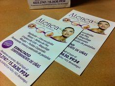 Empezamos la semana con entregas desde tempranito, mirá los folletos que diseñamos e imprimimos para el Centro de Estética Atenea.