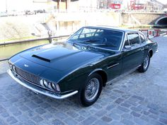 Aston-Martin DBS Vantage chez AUTODROME CANNES, automobiles classiques classic cars