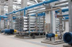 Planta desalinizadora producirá 30.000 botellas de agua y 10 toneladas de hielo al día -  El presidente Nicolás Maduro inauguró en este jueves en Boca de Pozo, Península de Macanao, la planta desalinizadora más grande del país y la tercera más grande de América Latina, que tendrá una capacidad de 110 litros por segundo y beneficiará a 90.000 personas de los municipios Macanao y Tubor... - https://notiespartano.com/2018/04/13/planta-desalinizadora-producira-30-000-b