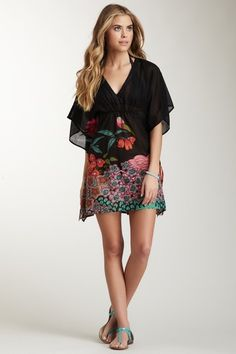 Yuka Beach V-Neck Floral Print Kaftan Tunic Cover-Up » Where was this when I went on vacation?!