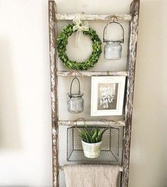 36 brilliant, reused old ladder ideas for upcycling .- 36 brilliant, reused old ladder ideas for upcycling fans – - Country Decor, Rustic Decor, Rustic Style, French Country Wall Decor, Modern Rustic, Decoration Shabby, Diy Casa, Ideas Hogar, Home And Deco
