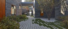 Gallery of Courtyard near West Sea / META - Project - 12
