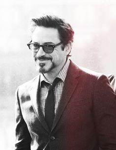 Hottest Actors Photo: Robert Downey JR