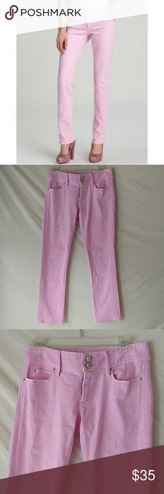 """Lilly Pulitzer   Pink Worth Straight Jeans Lilly Pulitzer pink 'Worth Straight Jeans'. Size 2. Cotton blend. Gently used with no known flaws.  Flat lay Waist: 14.5"""" Rise: 7"""" Inseam: 29""""  J2-123 Lilly Pulitzer Jeans Straight Leg"""