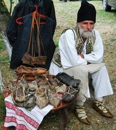 Transilvania, Romania www. Folk Costume, Costumes, Romania People, Unique Jobs, Transylvania Romania, Wooly Hats, Art Populaire, Working People, Eastern Europe