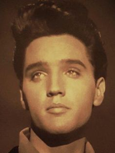 Elvis. The face of an angel if there ever was one...