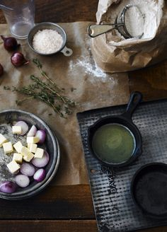 Onion Thyme Buns | John Cullen Photographer