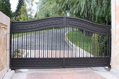 Portfolio Overview - Driveway Gates