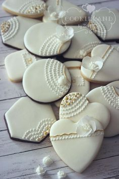 Winter Fairytale Cookies (hearts, circles, six-sided cookies)