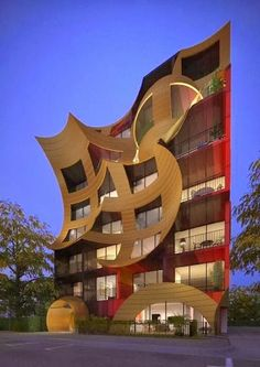 Amazing Creative Architecture HolmanRV