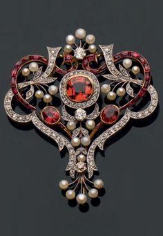 Antique diamond and gem-set brooch