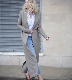 http://anoukyve.creatorsofdesire.com/why-buy-designer-coat-if-you-can-design-it-yoursel/