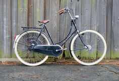 I would love to add a bicycle like this to my wee collection of bikes! - 90s Gazelle A-Touren by Lovely Bicycle!, via Flickr