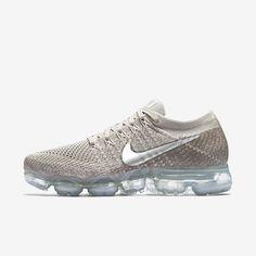 official photos 0d60f 0f68d Air VaporMax Flyknit 2 Women s Shoe. Nike ...