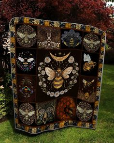 Bee Sweet To My Heart Quilt Blanket - Azcozy Quilt Inspiration, 3d Quilts, Fall Quilts, Silky Touch, Bees Knees, Kona Cotton, Quilt Patterns, Sewing Patterns, Blouse Patterns