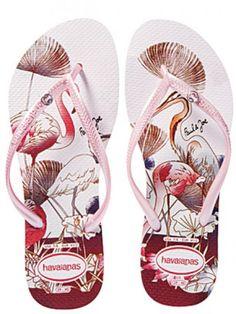 8349499af64229 Havaianas in pink with flamingo Wedge Flip Flops
