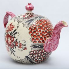 A Rare English Creamware Chintz Teapot http://www.1stdibs.com/furniture/dining-entertaining/pottery/