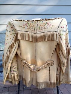 Vintage Nez Perce // Native American Leather Beaded Jacket.