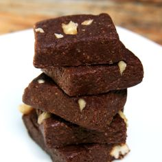 Low-Calorie, No-Bake Brownies — They're Vegan, Too!: Craving a chewy, chocolatey brownie, are you?