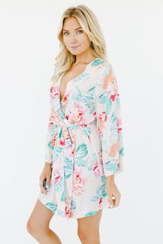 What to Pack for a Beach Holiday at Coastal Lifestyle - PJ's & Robes for relaxed vacations on the blog today -  #fashion #fashionable #fashionista #fashionstyle #fashiondiaries #fashionblog #beachstyle #vacationstyle #beachfashion #style #styles #stylediaries #styleinspiration #summerfashion #onlineshop #onlineshopping #onlineshops #vacation #vacationstyle #lounge #lounging #robes #robe #pjs #pyjamas #weekend #relax #relaxed