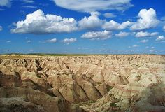 The Badlands, South Dakota Badlands National Park, Us National Parks, Amazing Places, Wonderful Places, Places To Travel, Places To Visit, City State, Road Trip Usa, Travel Memories