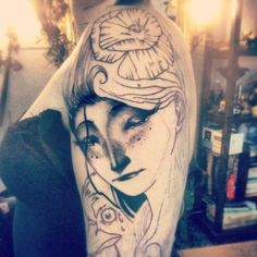 Starting a full sleeve based on the work of Terry pratchett. Done by Nils at Art Corpus (paris).