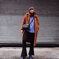 Rocking 4 key AW17 trends in one look, clever eh? 🙊🤗 Teddy textures, seventies, forties blue and the must have kitten heel boots all good ole @topshop 😍🙌🏼 http://liketk.it/2sUOY @liketoknow.it @liketoknow.it.europe #ad #TopshopGirls #TopshopStyle #