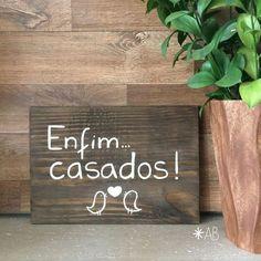 Placa painel retangular pequena de madeira para casamentos e festas. Ideal para pajens e daminhas.: