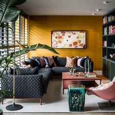 Design keuken, stock dutch design, the art of living Classic Living Room, Beautiful Interior Design, Luxury Interior, Interior Design Living Room, Interior Inspiration, Furniture Design, Pallet Furniture, Furniture Decor, Home Decor