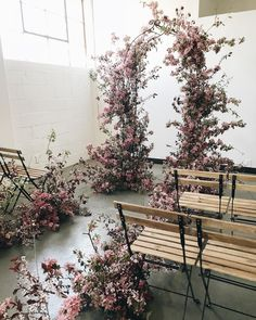 Blossoming arbor and aisle installation from #soilandstemclasses ! Thank you to the very talented designers and creatives making this…