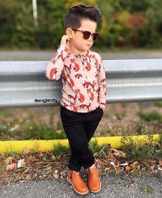 New Trading children boy's HD Amzing pic collection Stylish Boy Clothes, Stylish Boys, Cute Baby Clothes, Toddler Boy Fashion, Little Boy Fashion, Toddler Boy Outfits, Outfits Niños, Kids Outfits, Kids Wear Boys