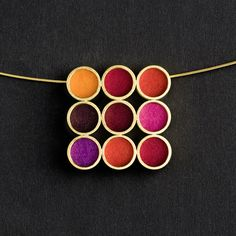 MULTICOLORE NECKLACE  FINE GOLD-PLATED SILVER, COLORED INTERCHANGEABLE FELT. By Michaela Binder