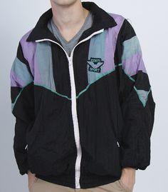 Vintage PUMA Jacket / Small / S / Windbreaker / White / Green / Sweatshirt / Tracksuit / Track Top / Sporty / Activewear / Sportswear / 2E69hqmwQ