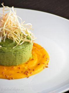 Sformatino di broccoli con crema di carote e porro croccante