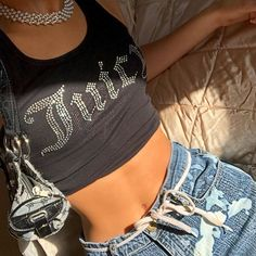 Summer Fashion Tips .Summer Fashion Tips Trend Fashion, 2000s Fashion, Fashion Killa, Look Fashion, Winter Fashion, Fashion 2020, Mode Outfits, Retro Outfits, Fashion Outfits