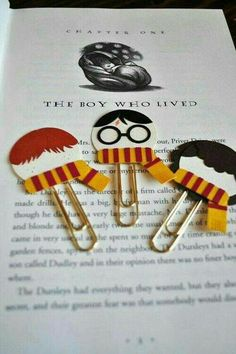 So adorable, imagine to do one for every book you have  #dıy #bookmark #harrypotter