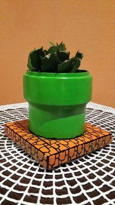 Doniczka w stylu zielonej rury z mario flowerpot, mario green pipes style