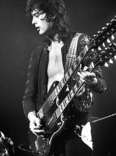 Jimmy Page and his Gibson 6/12 string double neck