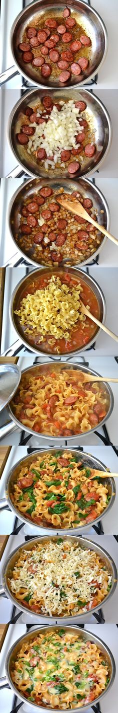 Creamy Spinach and Sausage Pasta: 6 oz. smoked sausage  1 Tbsp olive oil  1 medium onion  1 (14.5 oz.) can diced tomatoes w/chiles  2 cups chicken broth  8 oz. pasta  3 cups fresh spinach  1 cup (4 oz.) shredded monterrey jack  1 whole green onion