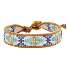 Chan Luu Turquoise Mix Beaded Bracelet (890 VEF) ❤ liked on Polyvore featuring jewelry, bracelets, chan luu, pulseras, turquoise bracelet, bracelet bangle, adjustable bangle, engraved bracelet and navajo beaded bracelet