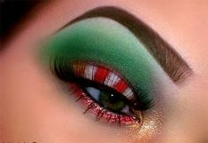 10 Best Christmas Eye Makeup Looks, Ideas & Styles 2015 - Bilden Ideen Tacky Christmas Party, Tacky Christmas Sweater, Christmas Makeup Look, Holiday Makeup, Christmas Makes, Christmas Candy, Christmas Ideas, Merry Christmas, Christmas Outfits