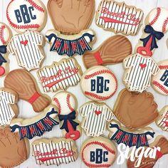 "Lyndsie Hays on Instagram: ""Vintage baseball baby shower! ⚾️ #customcookies #decoratedcookies #dfw #dallas #fortworth"" Baby Shower Cupcakes For Girls, Boy Baby Shower Themes, Baby Boy Shower, Baby Boy Cookies, Baby Shower Cookies, Crazy Cookies, Sugar Cookies, Baby Boy Baseball, Baseball Cookies"