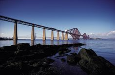 Forth Bridge, Firth of Forth, Ecosse - Visit Scotland Visit Edinburgh, Edinburgh Scotland, Scotland Travel, Edinburgh Travel, Travel Europe, Architecture Design, Three Bridges, Design Innovation, Train Route