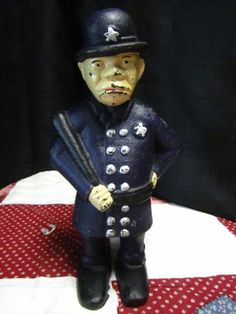 Vintage Cast Iron Mulligan The Cop  Bank Police Bobby Bank
