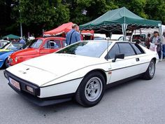 White Lotus Esprit S1 angled view - public domain image Lotus Esprit, Lotus Car, White Lotus, Retro Cars, Hot Cars, Exotic Cars, Cars And Motorcycles, Super Cars, Wheels