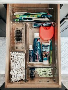 Bathroom Storage Ideas - Re-organize your towels and toiletries during your next round of spring cleaning. Look into several of the most effective small bathroom storage ideas for . Diy Bathroom, Simple Bathroom, Bathroom Vanities, Washroom, Bathroom Cabinets, Master Bathroom, College Bathroom Decor, College Apartment Bathroom, Modern Bathroom